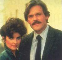 Katherine Wentworth et Mark Graison (Morgan Brittany et John Beck)